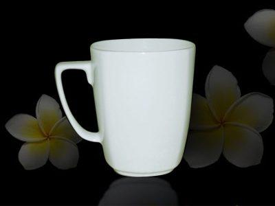 Ca trà 0.36L vuông trắng